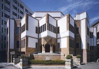 komazawa-univ.jpg
