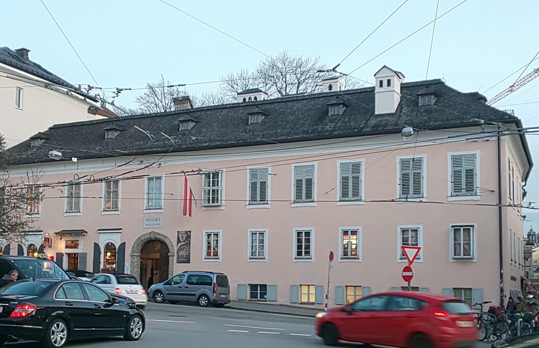mozart-residence.JPG